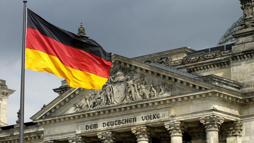 Fahne Reichstag Berlin